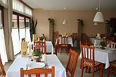 Cheap hotel and restaurant near Budapest along M5 highway in Ujhartyan