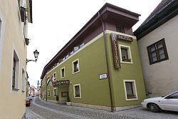 Hotel Palatinus Hostel - affordable hotel in the city centre of Sopron